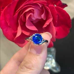 Jewelry - Cute blue custom fashion ring